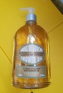 L'Occitane Shower Oil with Almond Oil